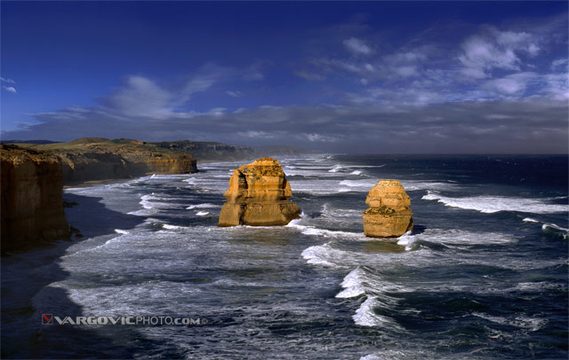 Wonder-Is-Down-Under_Twelve-Apostles_Victoria_Australia_By-Vargovic-Photo