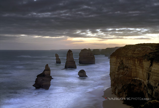 Wordless-Windy-Song_Twelve-Apostles_Victoria_Australia_Boris-Vargovic