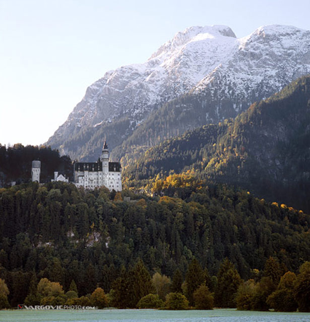 Good-Morning-From-The-North_Germany_Fussen_Neuschwanstein-Castle_Vargovic-Photo